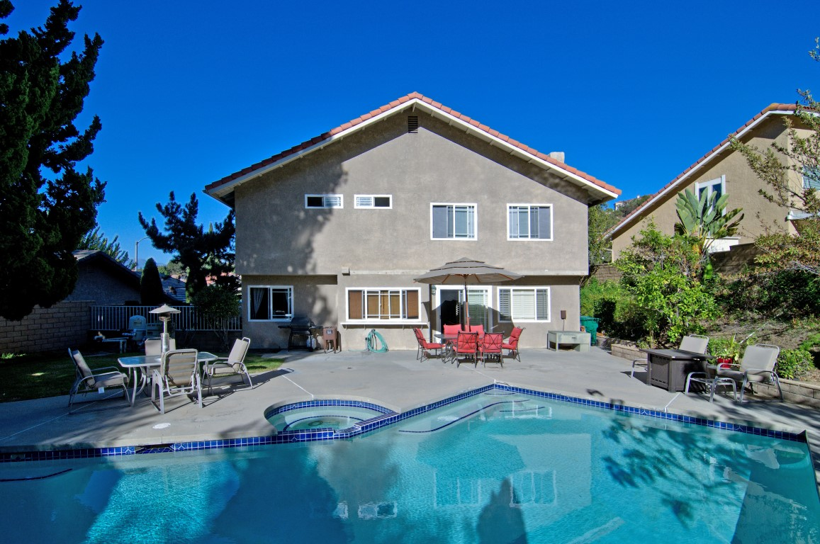 diamond_bar_view_home_bronze_knoll_for_sale_cul-de-sac_pool_home