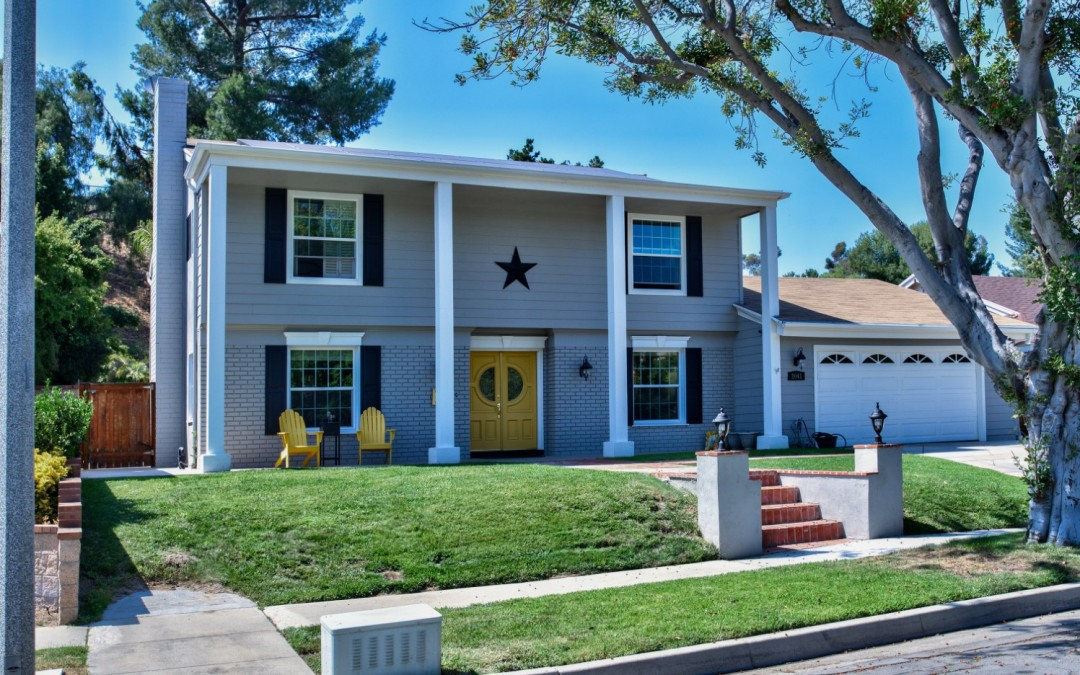 Classic Style in Scenic Fullerton Hills